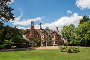 Wedding venue in Essex . Baddow park Chelmsford